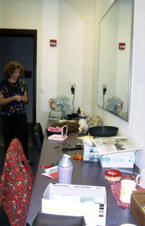 Actors enjoy spacious and convenient dressing room facilities.
